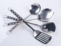 εργαλεία κουζινών ή εργαλεία κουζινών σε ένα υπόβαθρο Στοκ φωτογραφία με δικαίωμα ελεύθερης χρήσης