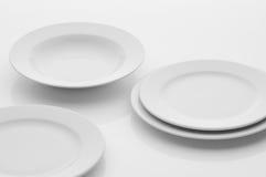 Εργαλεία κουζινών και εστιατορίων, πιάτα Στοκ Φωτογραφίες
