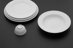Εργαλεία κουζινών και εστιατορίων, πιάτα Στοκ Εικόνα