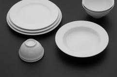 Εργαλεία κουζινών και εστιατορίων, πιάτα Στοκ εικόνες με δικαίωμα ελεύθερης χρήσης