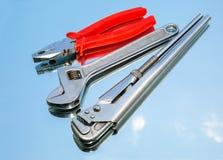 Εργαλεία, πένσες, γαλλικό κλειδί κλειδιών, διευθετήσιμο γαλλικό κλειδί Στοκ Εικόνες