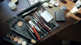 Εργαλεία σκιών βουρτσών και ματιών makeup απόθεμα βίντεο