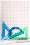 Εργαλεία σχεδίων σε χαρτί γραφικών παραστάσεων Στοκ εικόνα με δικαίωμα ελεύθερης χρήσης