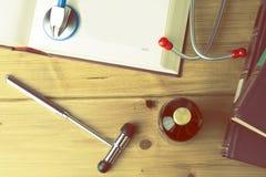 Εργαλεία φοιτητών Ιατρικής s στοκ εικόνα με δικαίωμα ελεύθερης χρήσης