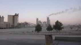 Εργοστάσια τσιμέντου στη Μέση Ανατολή στοκ φωτογραφίες με δικαίωμα ελεύθερης χρήσης