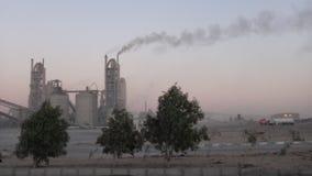 Εργοστάσια τσιμέντου στη Μέση Ανατολή στοκ εικόνες