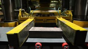 Εργοστάσιο για την παραγωγή των οικοδομικών υλικών απόθεμα βίντεο