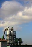 εργοστάσιο δύο καπνοδόχων Στοκ εικόνα με δικαίωμα ελεύθερης χρήσης