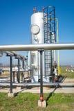 Εργοστάσιο επεξεργασίας πετρελαίου και φυσικού αερίου Στοκ εικόνα με δικαίωμα ελεύθερης χρήσης