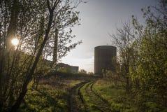 Εργοστάσιο ηλιοβασιλέματος στοκ εικόνα με δικαίωμα ελεύθερης χρήσης