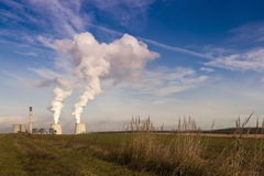 εργοστάσιο καπνοδόχων Στοκ Εικόνες