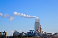 εργοστάσιο τσιμέντου στοκ φωτογραφία με δικαίωμα ελεύθερης χρήσης