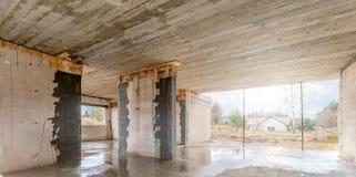 Εργοτάξιο οικοδομής ενός single-family σπιτιού Στοκ φωτογραφία με δικαίωμα ελεύθερης χρήσης