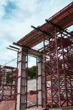 Εργοτάξιο οικοδομής μιας γέφυρας αυτοκινητόδρομων στοκ φωτογραφία με δικαίωμα ελεύθερης χρήσης