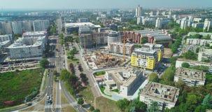Εργοτάξιο οικοδομής στο πόλης κέντρο, ταξίδια καμερών για να το αποκαλύψει o απόθεμα βίντεο