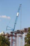 Εργοτάξιο οικοδομής γερανών και γεφυρών Στοκ Φωτογραφίες