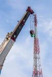 Εργοτάξιο οικοδομής με τους γερανούς Στοκ εικόνες με δικαίωμα ελεύθερης χρήσης