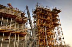 Εργοτάξιο οικοδομής με τους γερανούς Στοκ φωτογραφίες με δικαίωμα ελεύθερης χρήσης