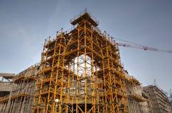 Εργοτάξιο οικοδομής με τους γερανούς Στοκ φωτογραφία με δικαίωμα ελεύθερης χρήσης