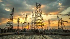 Εργοτάξιο οικοδομής με το ηλιοβασίλεμα απόθεμα βίντεο