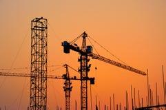 Εργοτάξιο οικοδομής στο ηλιοβασίλεμα Στοκ φωτογραφίες με δικαίωμα ελεύθερης χρήσης