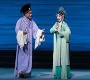 """Ερευνήστε για το είδηση-Kunqu Opera""""Madame άσπρο Snake† του εραστή Στοκ Φωτογραφία"""
