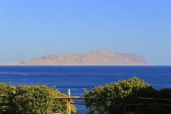 Ερυθρά Θάλασσα και νησί Tiran Στοκ Εικόνα