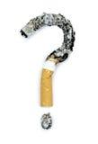 Ερωτηματικό με τα μμένα τσιγάρα ανασκόπησης τα μαύρα γίνοντα εικόνα χρήματα σπιτιών ιδιοκτητών σπιτιού δαπανών έννοιας εννοιολογι Στοκ Φωτογραφία