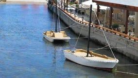 Εστιατόριο με τα σκάφη απόθεμα βίντεο