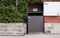 εστιατόριο πίσω πόρτα στοκ εικόνες με δικαίωμα ελεύθερης χρήσης