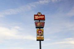 εστιατόριο πινάκων διαφημί στοκ εικόνα με δικαίωμα ελεύθερης χρήσης