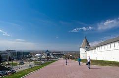 Εστιατόριο πυραμίδων και νοτιοδυτικός πύργος Kazan Κρεμλίνο Στοκ φωτογραφίες με δικαίωμα ελεύθερης χρήσης