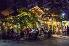 Εστιατόριο στην παραλία Nopparat Thara, Aonang, Ταϊλάνδη Στοκ εικόνες με δικαίωμα ελεύθερης χρήσης
