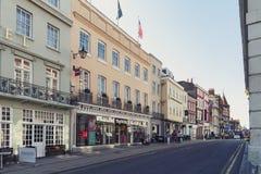 Εστιατόριο, φραγμός, και κατάστημα αναμνηστικών στην οδό ποταμών σε στο κέντρο της πόλης Windsor, Μπερκσάιρ, Αγγλία Στοκ Εικόνα