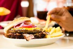 εστιατόριο χάμπουργκερ Στοκ Φωτογραφίες