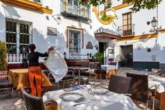 Εστιατόριο Tipical στο τέταρτο Santa Cruz, Σεβίλη, Ανδαλουσία, Ισπανία Στοκ Εικόνες