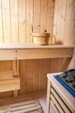Εσωτερικές άνετες ξύλινες room spa εσωτερικές λεπτομέρειες σαουνών Στοκ Εικόνες
