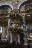Εσωτερικές εκκλησίες, χρυσός, περίκομψος, σχέδια και Viennas θεαματικές στοκ φωτογραφίες