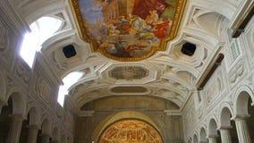 Εσωτερική άποψη Άγιος Peter στην εκκλησία Ρώμη αλυσίδων απόθεμα βίντεο