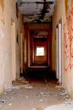 Εσωτερική άποψη ενός εγκαταλειμμένου σπιτιού στη Λετονία Στοκ Εικόνες