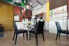 Εσωτερική άποψη της καφετερίας Inthanin στοκ φωτογραφίες