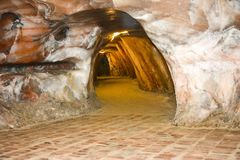 Εσωτερική άποψη του αλατισμένου ορυχείου Khewra στοκ φωτογραφία