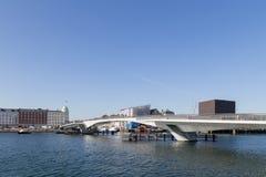 Εσωτερική γέφυρα λιμενικών πεζών και ποδηλατών στην Κοπεγχάγη, Δανία Στοκ Εικόνες