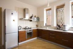 εσωτερική κουζίνα σύγχρ&omi Στοκ Εικόνες