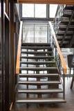 Εσωτερική συγκεκριμένη σκάλα Στοκ εικόνες με δικαίωμα ελεύθερης χρήσης