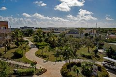 Εσωτερικοί λόγοι στο θέρετρο Playa Paraiso στους κοκοφοίνικες Cayo, Κούβα στοκ εικόνες