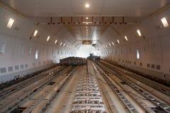 Εσωτερικός ευρύς ναυλωτής εναέριου φορτίου σωμάτων Στοκ φωτογραφία με δικαίωμα ελεύθερης χρήσης