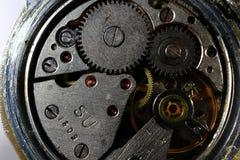 Εσωτερικός μηχανισμός των παλαιών ρολογιών ένα πλάνο κινηματογραφήσεων σε πρώτο πλάνο στοκ εικόνα με δικαίωμα ελεύθερης χρήσης