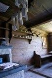 εσωτερικός παλαιός ξύλινος σπιτιών Στοκ Φωτογραφίες