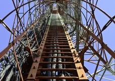 Εσωτερικός πύργος τηλεπικοινωνιών Στοκ εικόνα με δικαίωμα ελεύθερης χρήσης